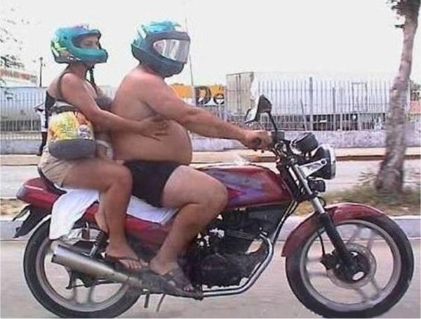 Beaux mecs en moto Image111