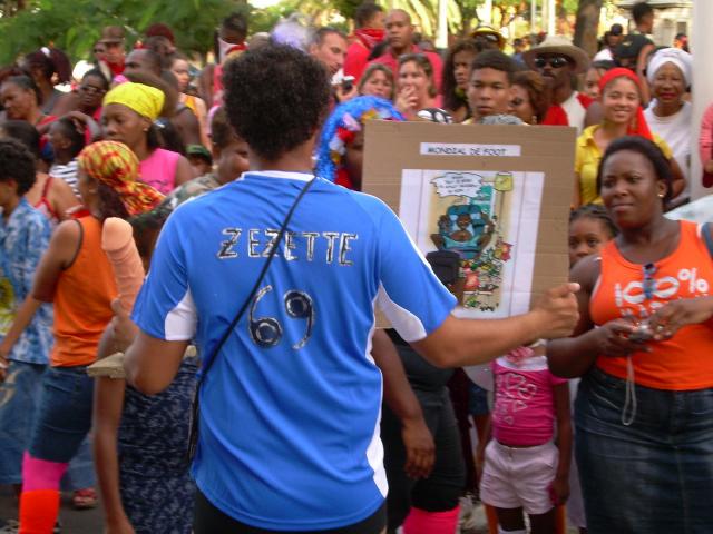 Dimanche Gras 18 Février 2007 !!! Vidé Multicolore !!! Parad142