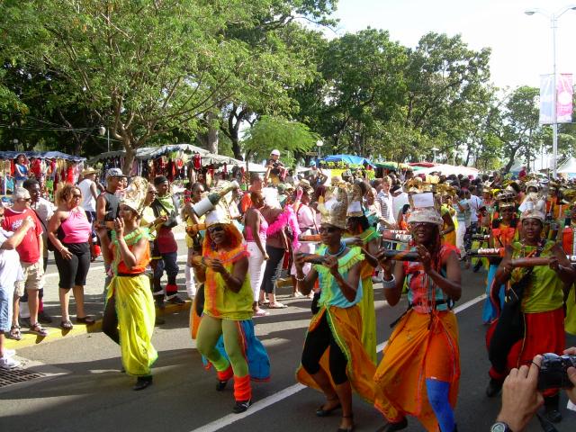 Dimanche Gras 18 Février 2007 !!! Vidé Multicolore !!! Parade52