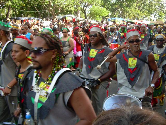 Dimanche Gras 18 Février 2007 !!! Vidé Multicolore !!! Parade78
