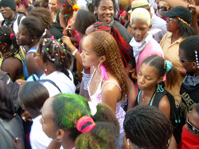 Dimanche Gras 18 Février 2007 !!! Vidé Multicolore !!! Parade82