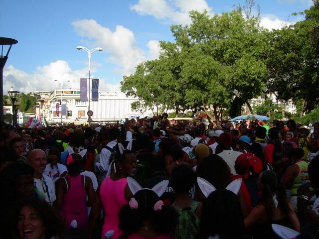 Dimanche Gras 18 Février 2007 !!! Vidé Multicolore !!! Parade84
