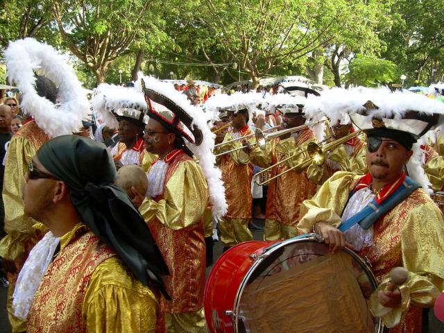 Dimanche Gras 18 Février 2007 !!! Vidé Multicolore !!! Parade93