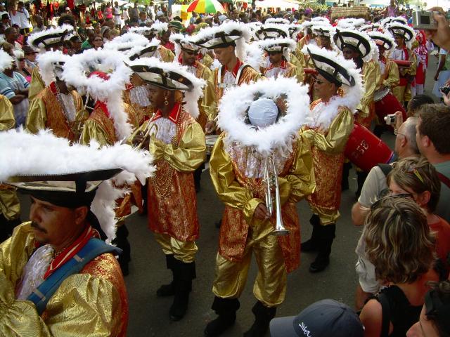 Dimanche Gras 18 Février 2007 !!! Vidé Multicolore !!! Parade95
