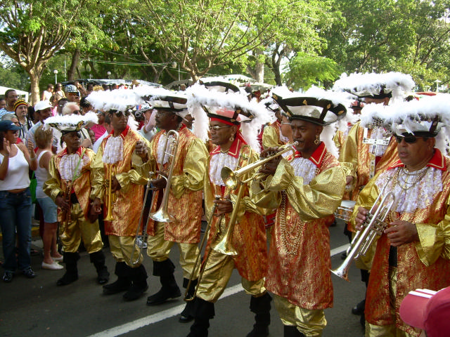 Dimanche Gras 18 Février 2007 !!! Vidé Multicolore !!! Parade96