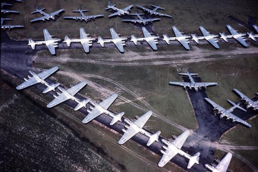 """Les """"warbirds"""" B_17s_11"""