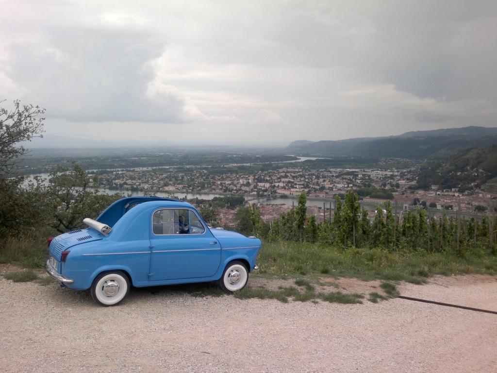 Passion aussi pour les voitures Vespa12