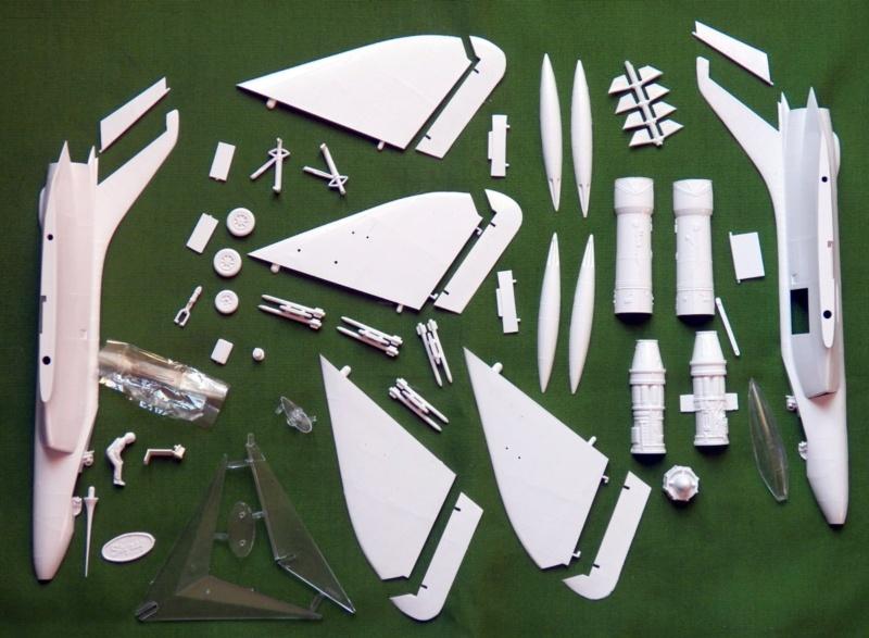 [Lindberg] Douglas F4D-1 Skyray, Kit No. 523:98 et Kit No. 562:98, vers 1955, 1/48 F4d-1_11