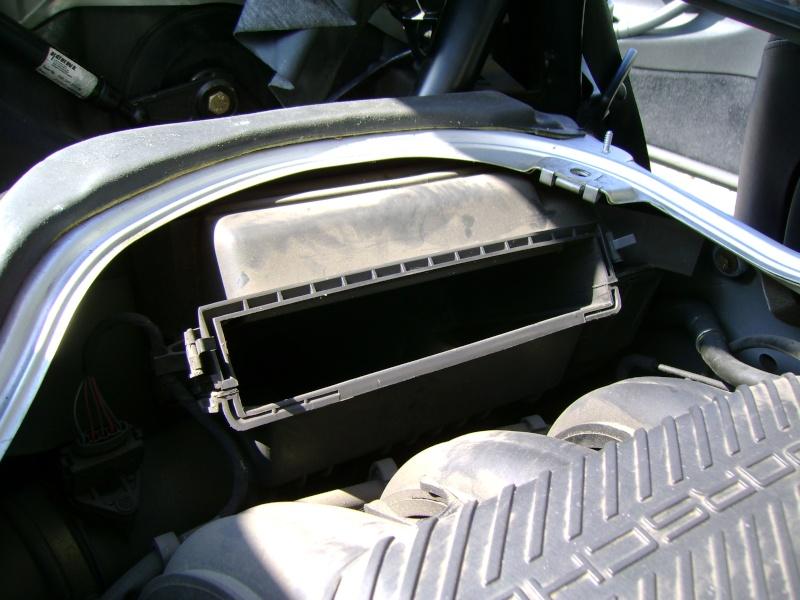 Nettoyage / Remplacement filtre à air Dsc00112
