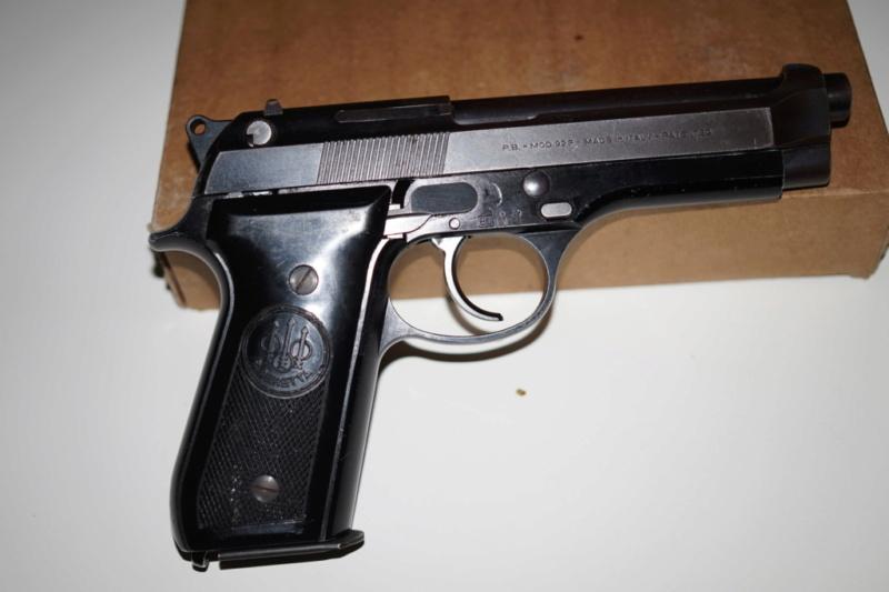 Beretta 92S Dsc02610