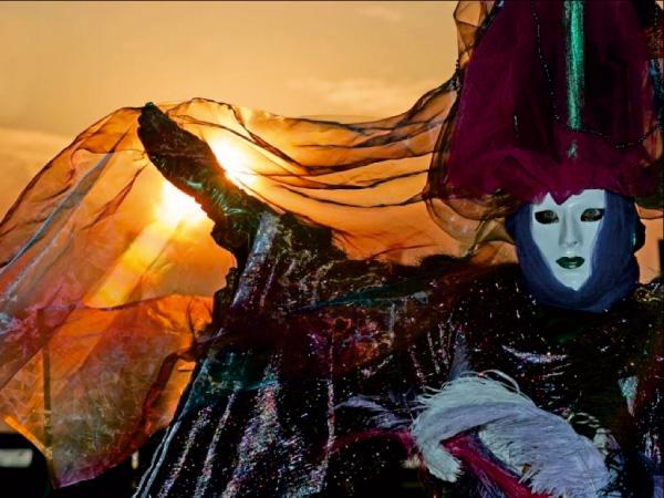 masque venitiens de la Comedia Image-22