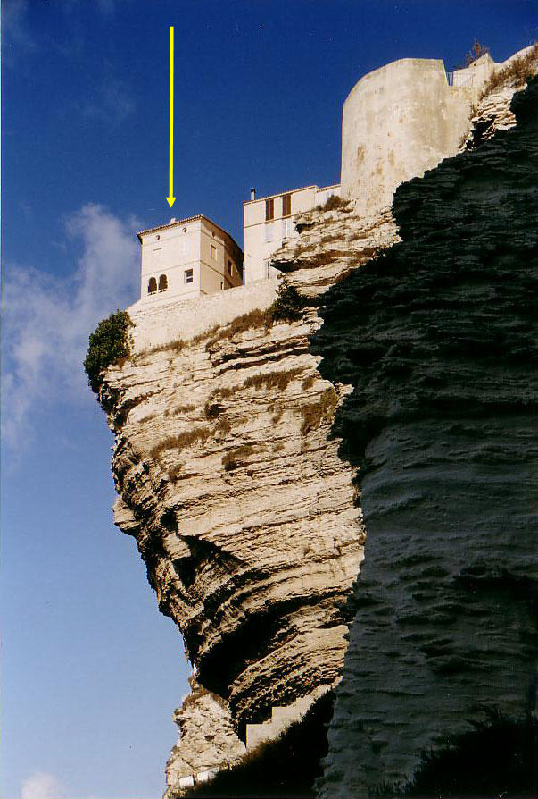 Le résidence de Marie-José Nat à Bonifacio, Corse Korsyk11