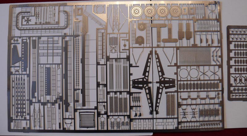 [Eduard] set photodecoupe pour HORNET trumpeter 1/350 20032010
