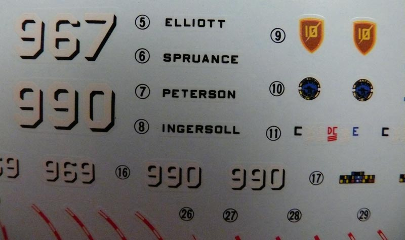 [Dragon] USS SPRUANCE 1/350 P1000626