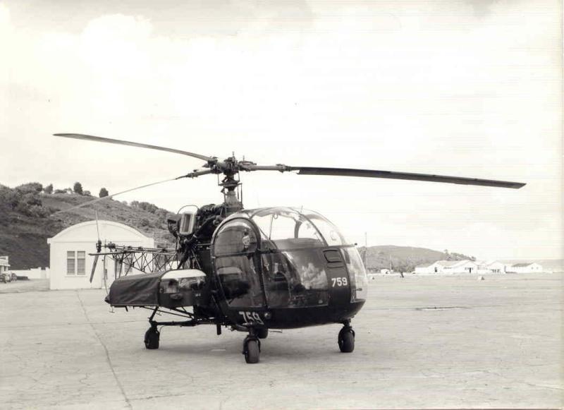 [Aéronavale divers] Hélicoptére ALOUETTE 2 Lanveo10