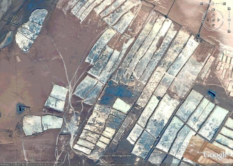 Recherche de photos satellitaires de 3 ports D10