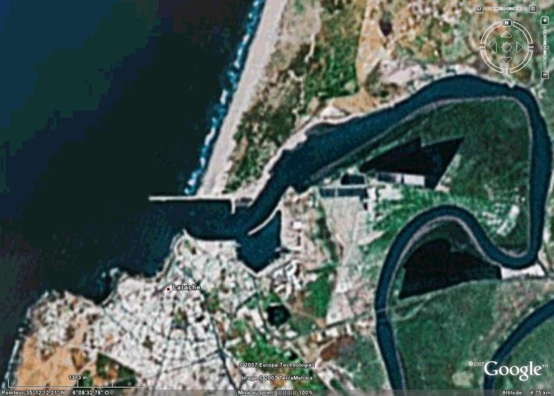 Recherche de photos satellitaires de 3 ports Larrac13