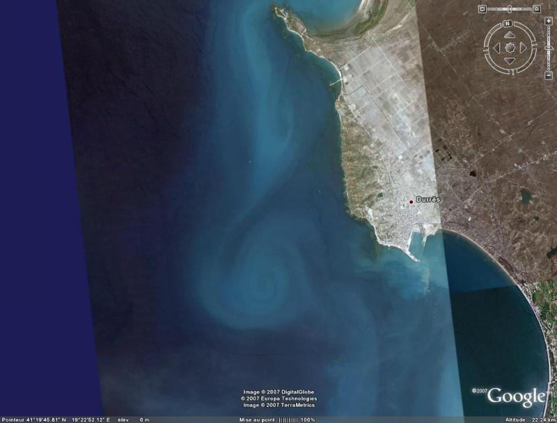 Phénomène bizarre sur la côte Albanaise, Durres, Albanie Cyclon10