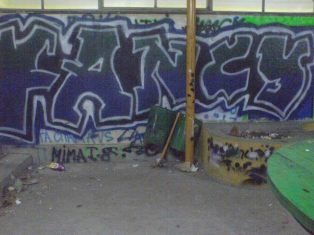 Grafiti - Page 2 Grafit10