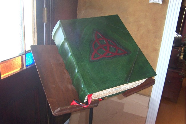 Knjiga Sijenki (slike) Wmchar10