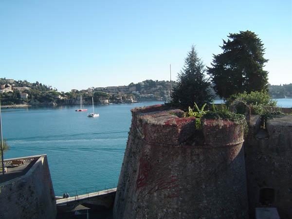 [Vie des ports] Villefranche-sur-Mer (06230) Villef13