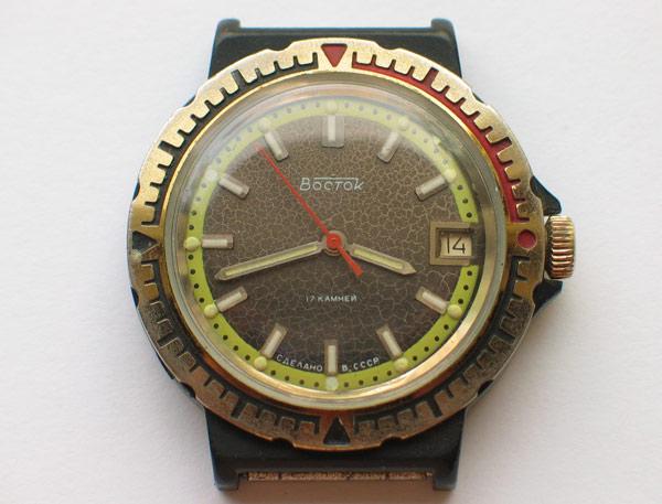 VOSTOK KOMANDIRSKIE watch *Black Plastic Case* A6-110