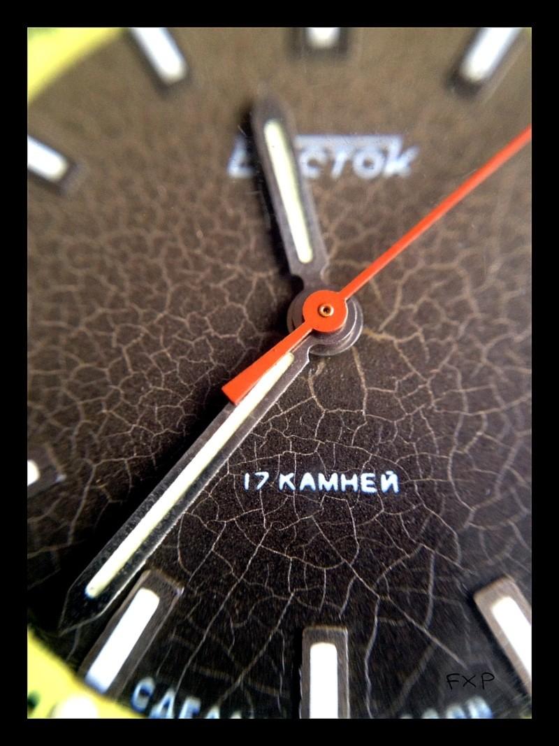Revue VOSTOK KOMANDIRSKIE Black Plastic Case Img_3821