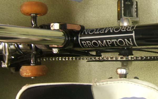 Remplacement des roulettes Brompt12