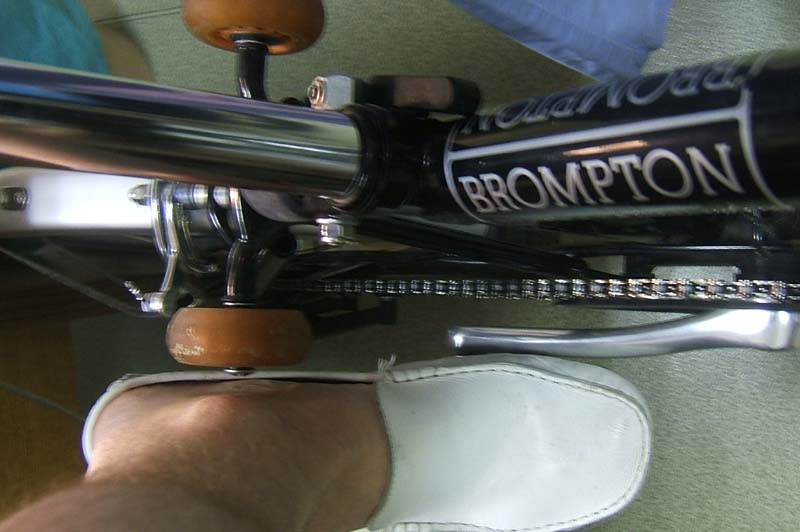 Remplacement des roulettes Brompt13