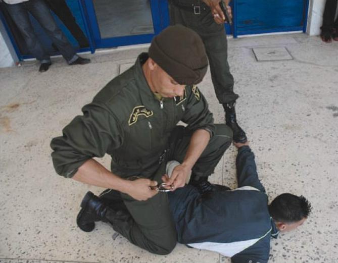 صور الدرك الوطني الجزائري  Sans_t11