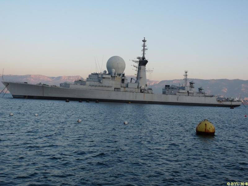 [Les écoles de spécialités] École de plongée de la Marine 9910