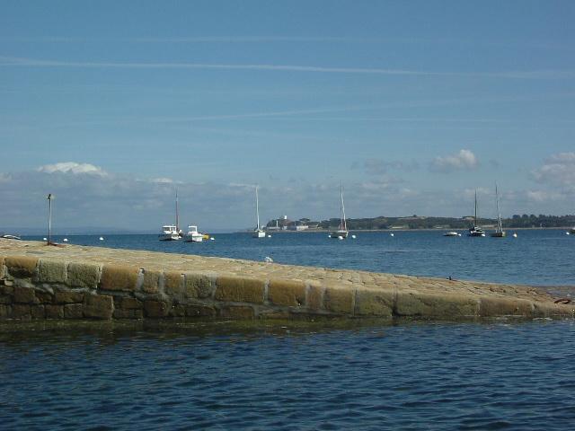 [Vie des ports] BREST Ports et rade - Volume 001 Ile_lo10