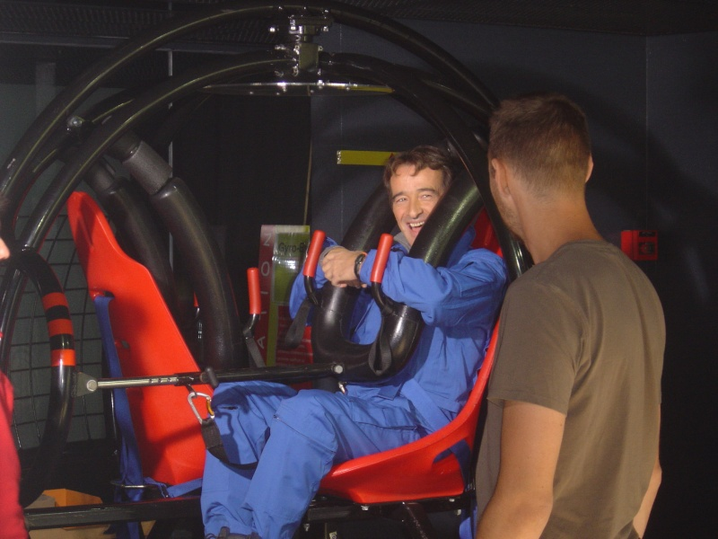 C'est pas sorcier: L'homme dans l'espace : histoire d'une co Dsc01110
