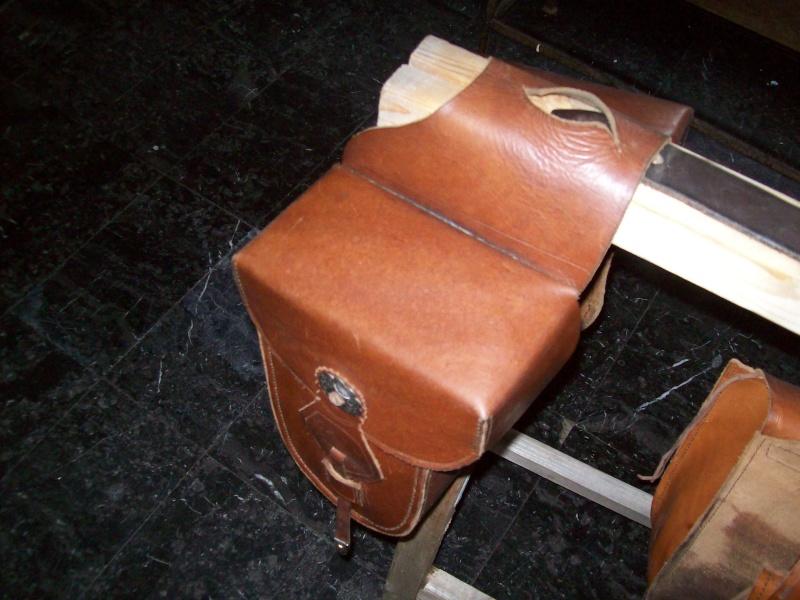 Le repoussage du cuir. 100_3511