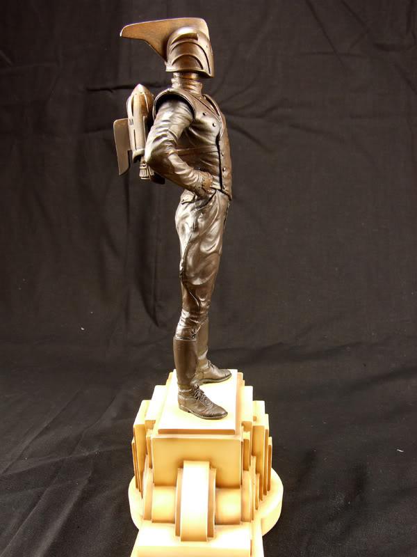 "ROCKETEER ""Faux Bronze"" [statue] Azzz10"