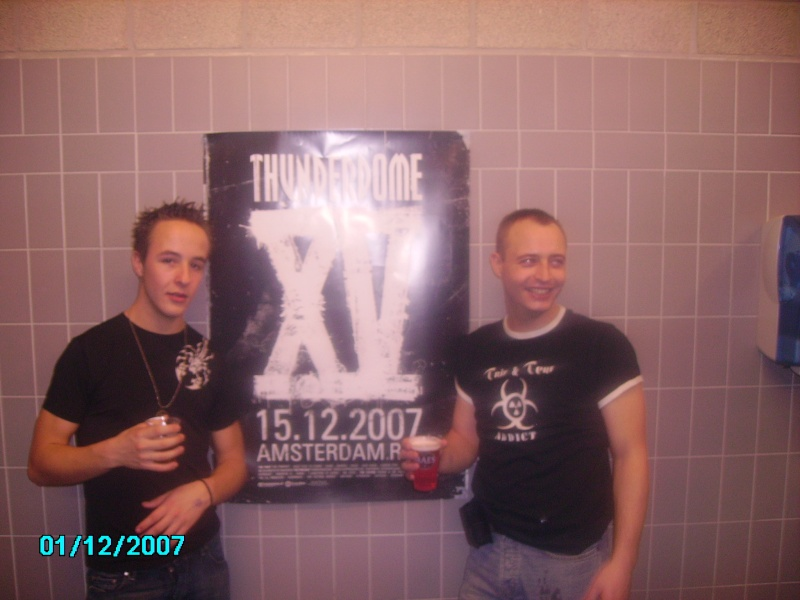 [THUNDERDOME 15 YEARS - Amsterdam RAI] - 15 Decembre 2007 - Page 10 Pict2216