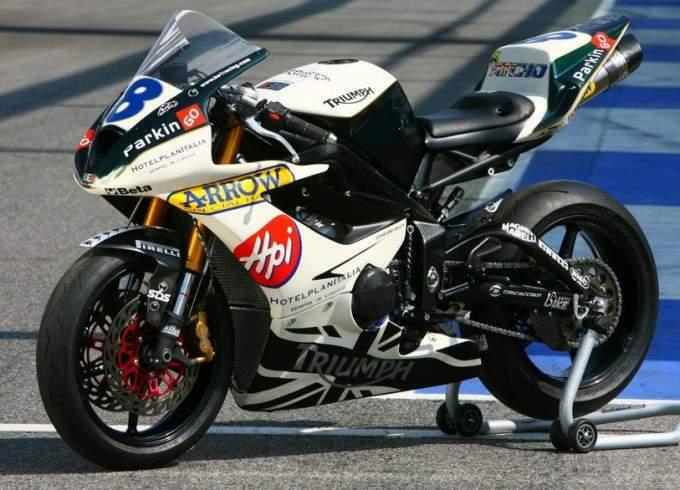 Machines de courses ( Race bikes ) - Page 2 Pettin10
