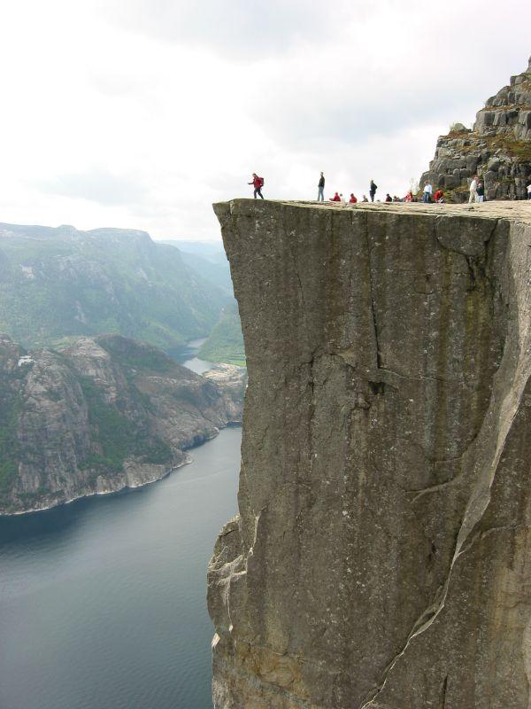 Un fjord, ça ressemble à quoi ? - Page 6 Edge_o10