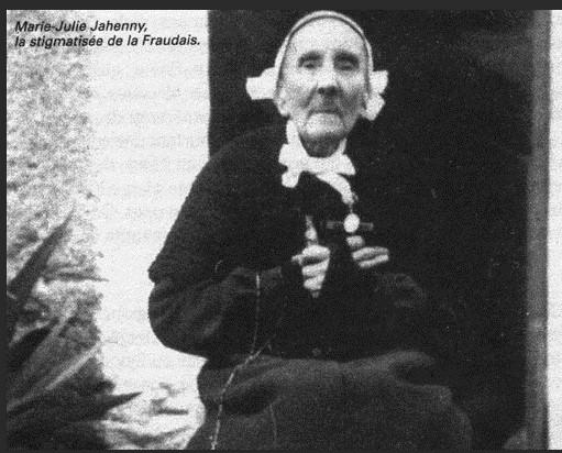 LA VIERGE MARIE A BOUXIERES AUX DAMES AU NORD DE NANCY EN LORRAINE-BERCEAU CAROLINGIENS-CAPETIENS après le FRANKENBOURG - Page 8 Marie_30