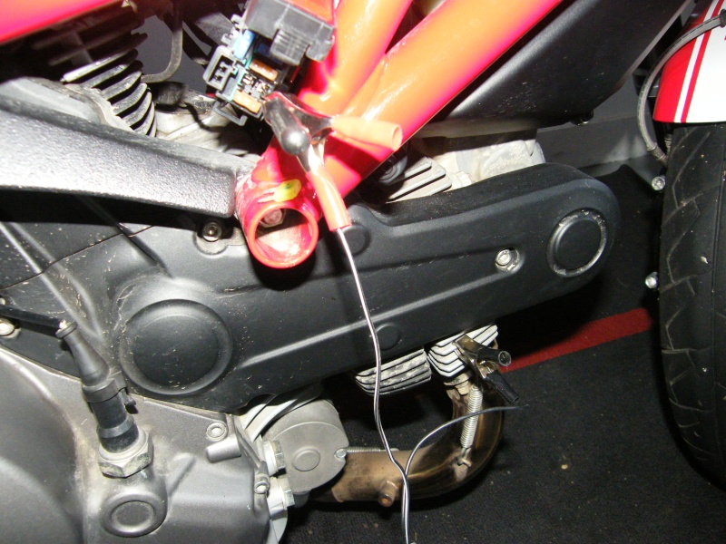 recharger sa batterie sans rien démonter Dscf2710