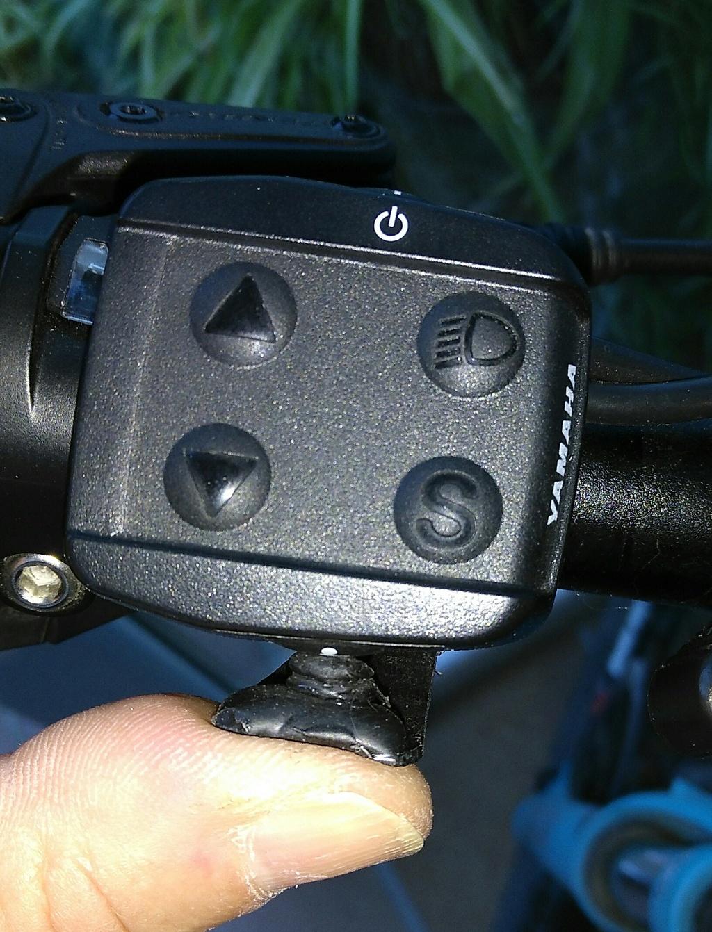 """¿Algún truco o inventillo para pulsar el botoncito del modo """"walk""""? Img_2012"""