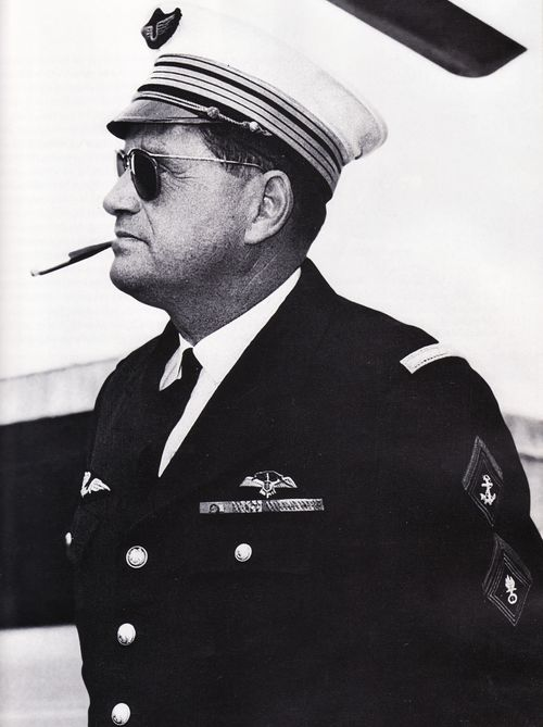 BRUNET Félix aviateur - a sa place avec les paras pour avoir facilités la vie des Paras en AFN - initiateur du H34 Mammouth. Felix_10