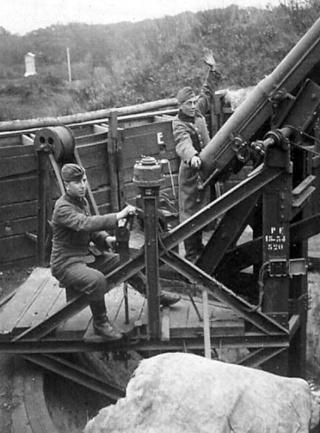 75 CA Mle 1913-34,   Mle 1917-34 / 7,5 cm Flak 17-34 (f) - Page 2 Canon_10