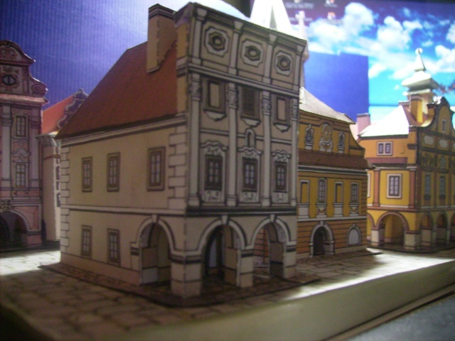 Rathaustum mit Haeuserzeile-Prag Hagal410