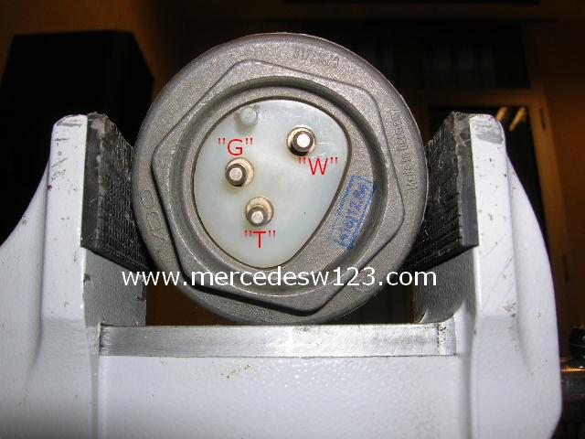 Tuto W123 47 Nettoyage D Une Jauge 224 Essence De 280 Ce