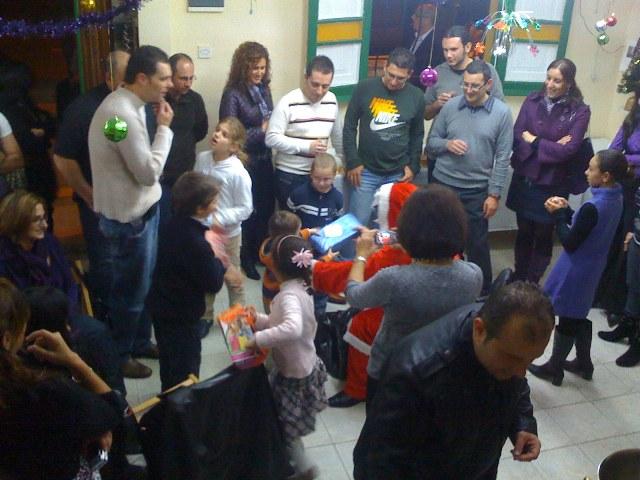 Club members + families Christmas Party Img_0215