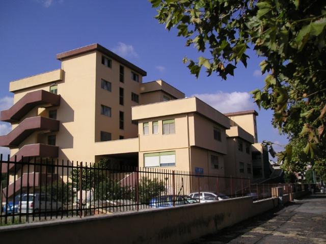 """Welcome alla scuola secondaria dell'I.C.S. """"VIA CUTIGLIANO"""" DEL PLESSO """"R. QUARTARARO"""" via della Magliana Centra10"""