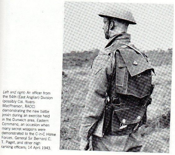 Photos d'époques montrant le port des gilets d'assauts (Battle Jerkin) GB/Can Img07110