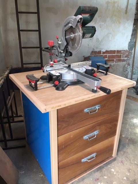 Aménagement de mon petit atelier Meuble41