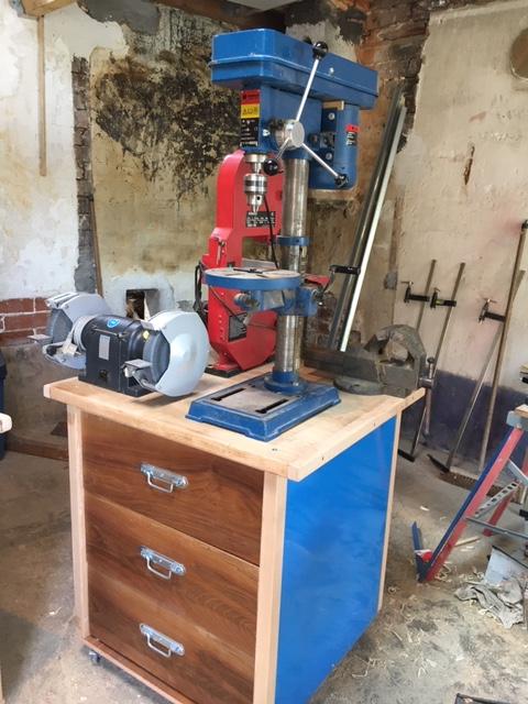 Aménagement de mon petit atelier Meuble42